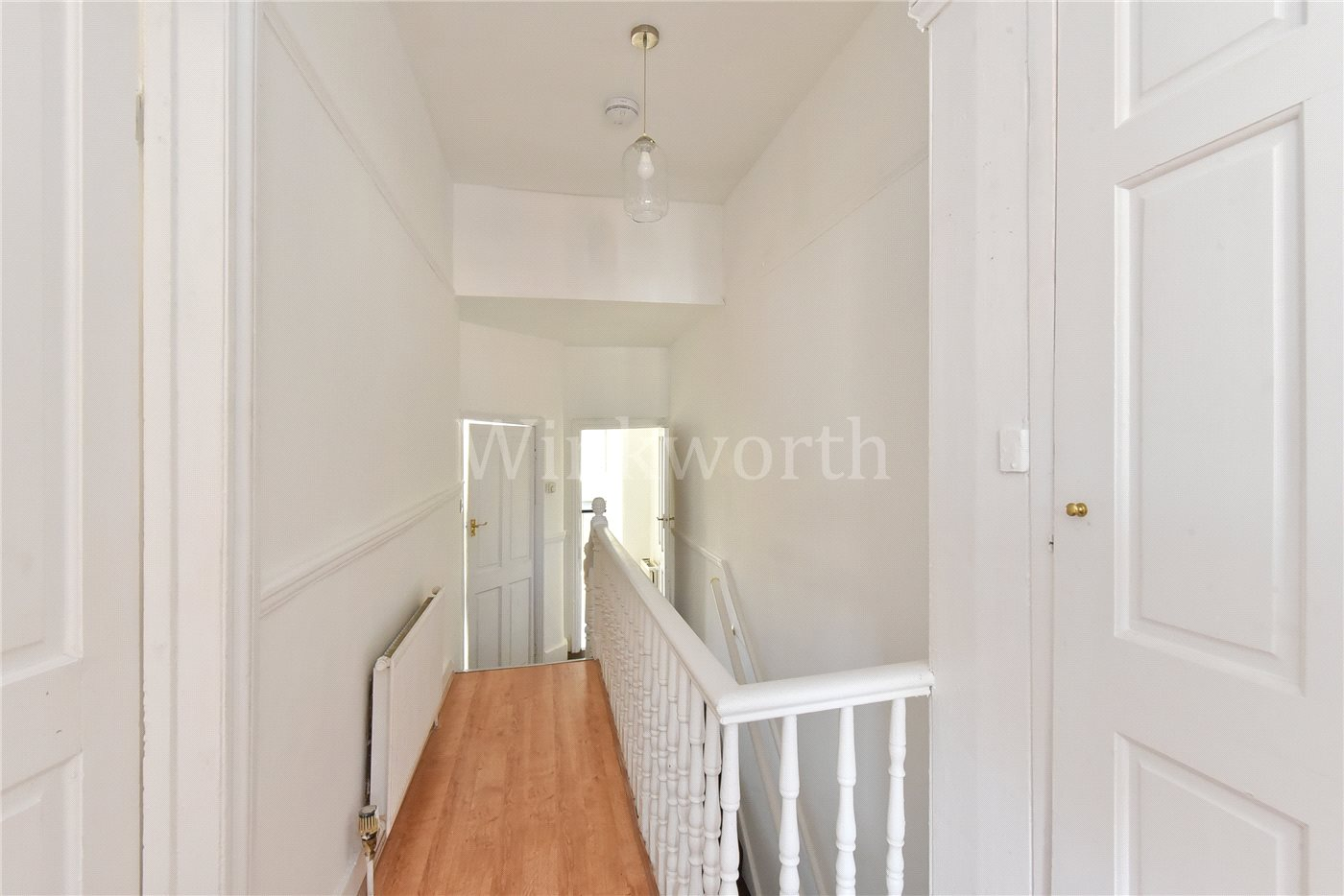 1 bedroom property to rent in Kitchener Road, Tottenham, N17 - £1275 pcm