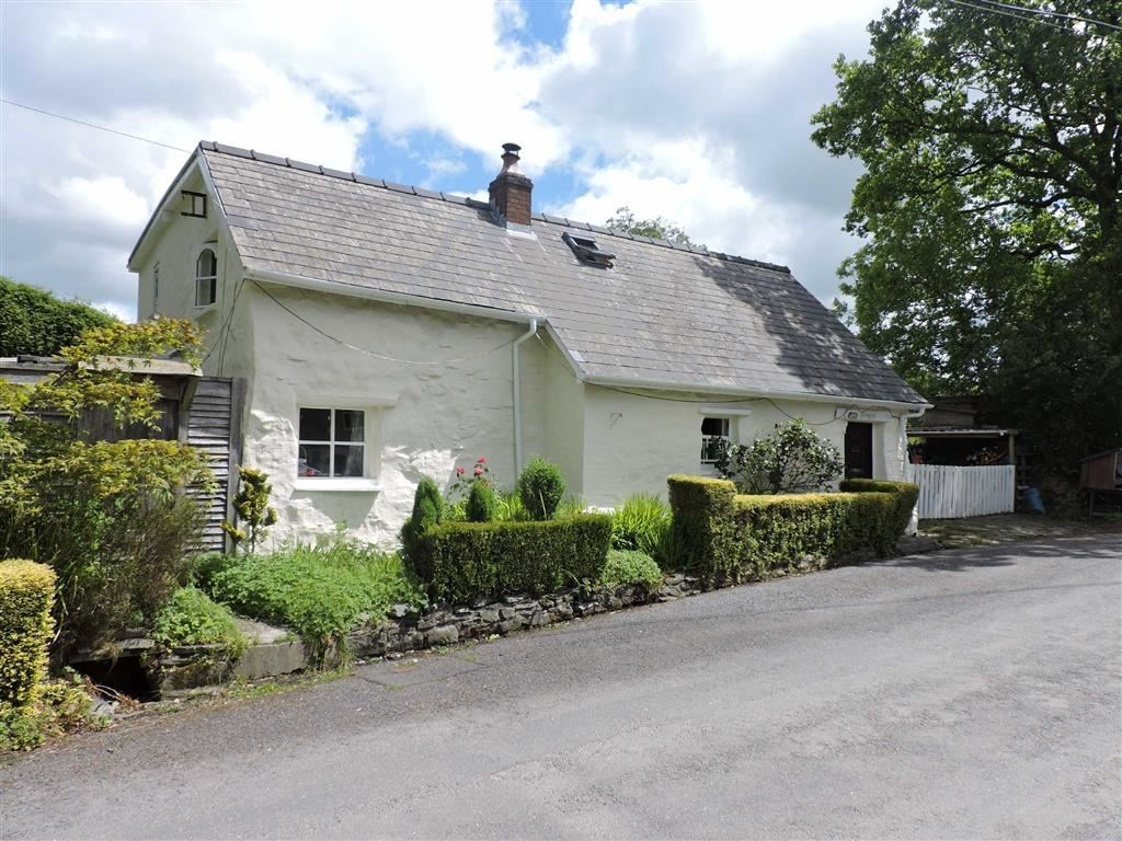 3 Bedroom Property For Sale In Llangybi Lampeter Offers In The