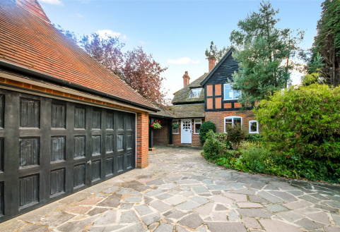 Vicarage Lane, Capel, Dorking, RH5