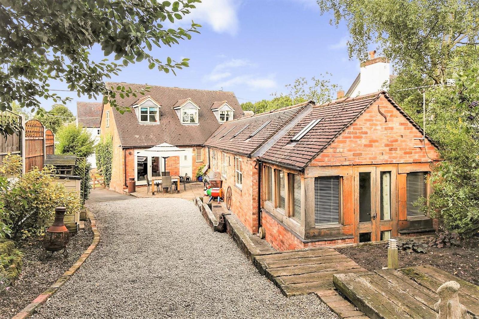 4 Bedrooms Property for sale in Blackhorse Hill, Appleby Magna DE12 7AQ