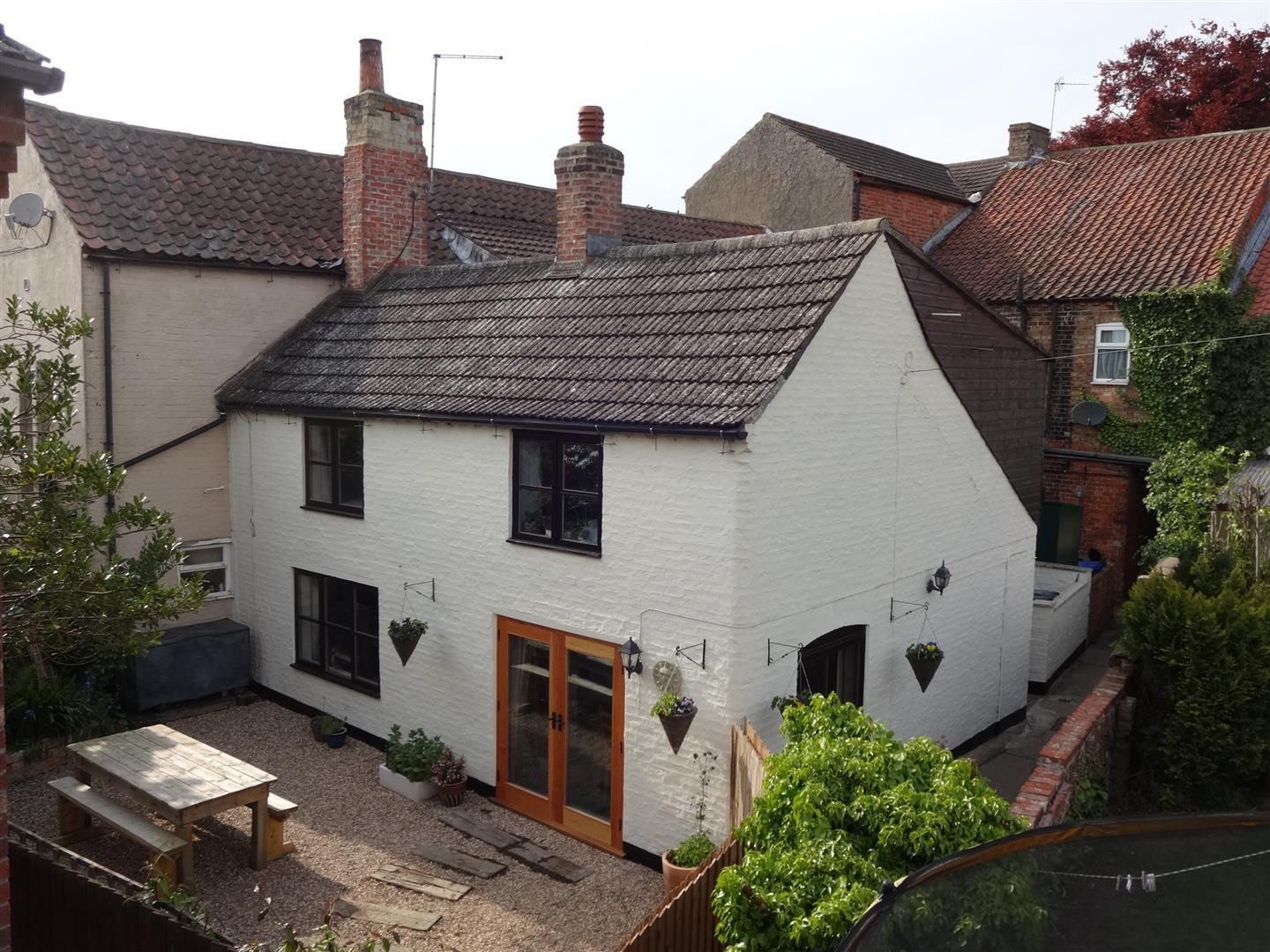 3 Bedrooms Property for sale in Church Lane, Bardney, Lincoln