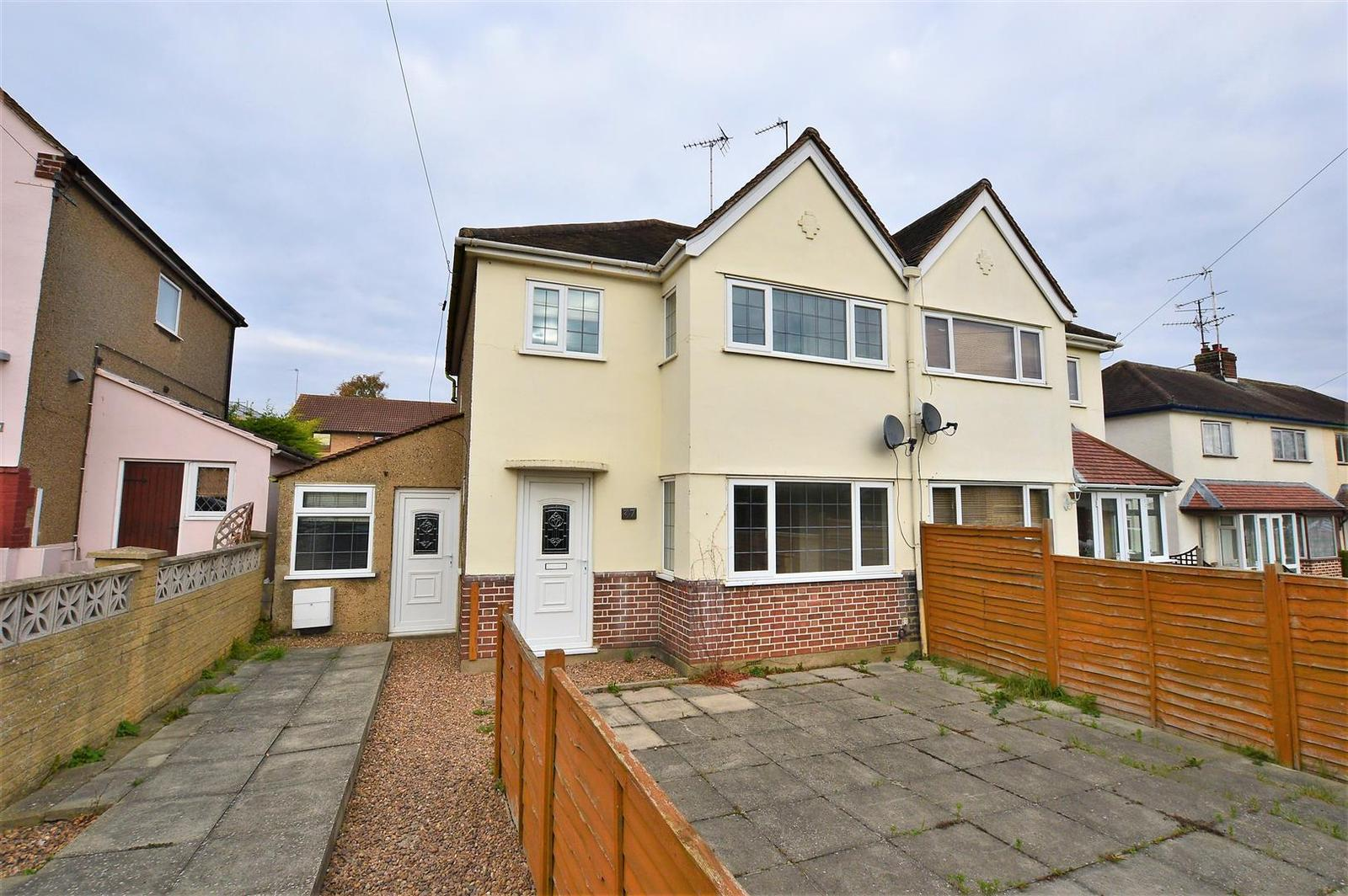 3 Bedrooms Detached House for sale in Drift Road, Stamford