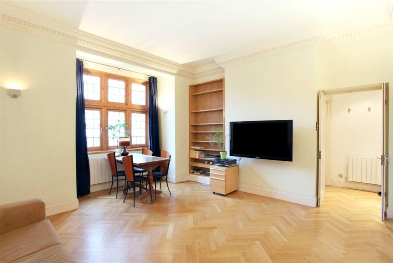 Flat/apartment for sale in West End - Grape Street, Covent Garden, WC2H