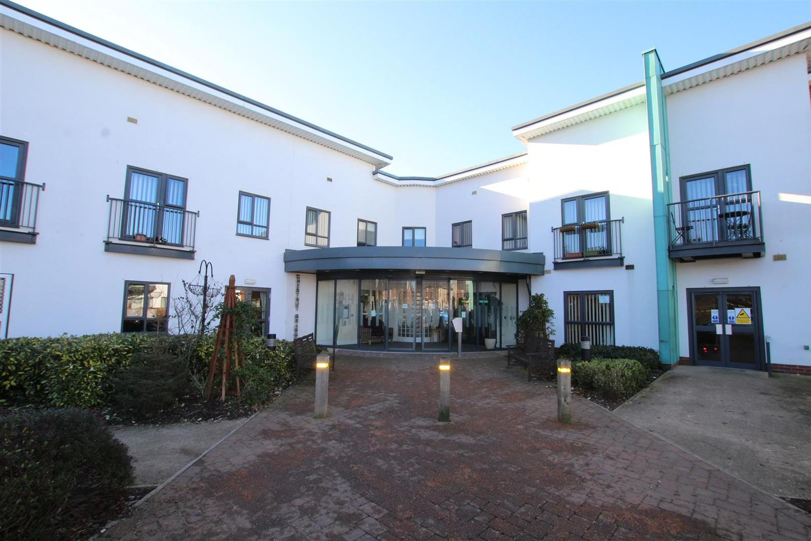 2 Bedrooms Property for sale in Chestnut Grange, Burton