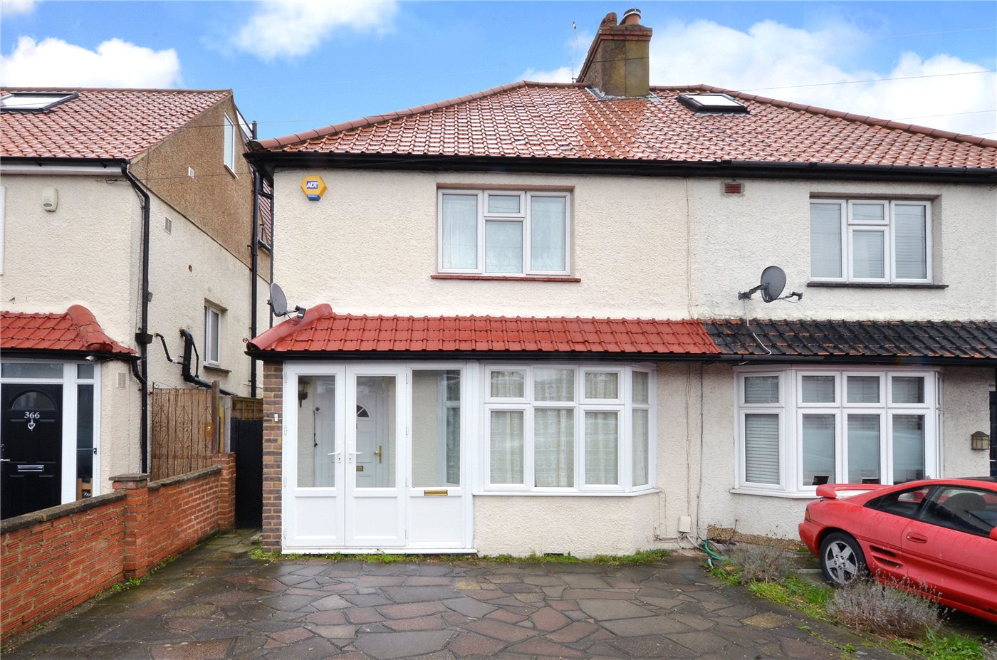 Bed Houses For Sale In Cheam