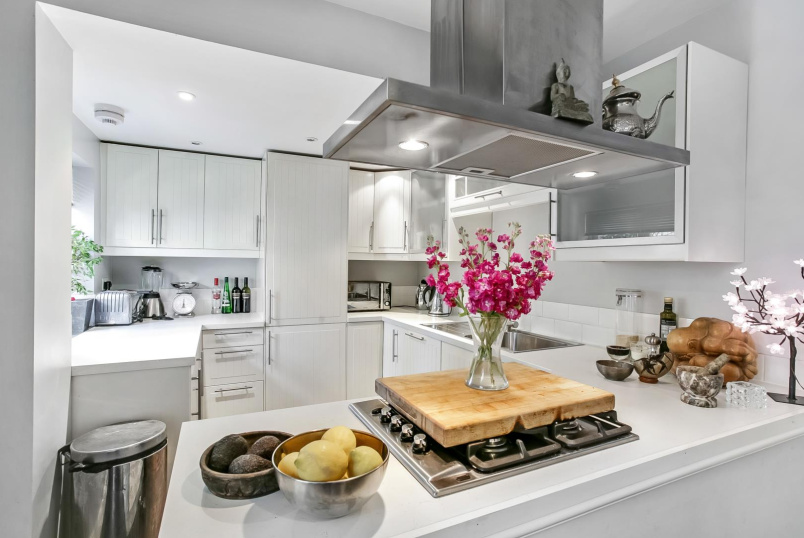 House for sale - St. Johns Terrace, London, W10