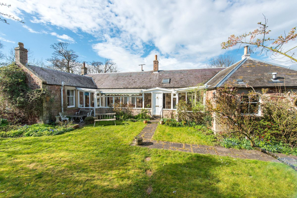 3 bedroom house for sale in Little Wamphray, North Berwick, East