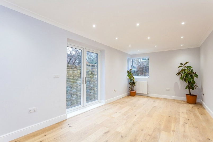 Flat/apartment for sale - York Way, Holloway, London, N7