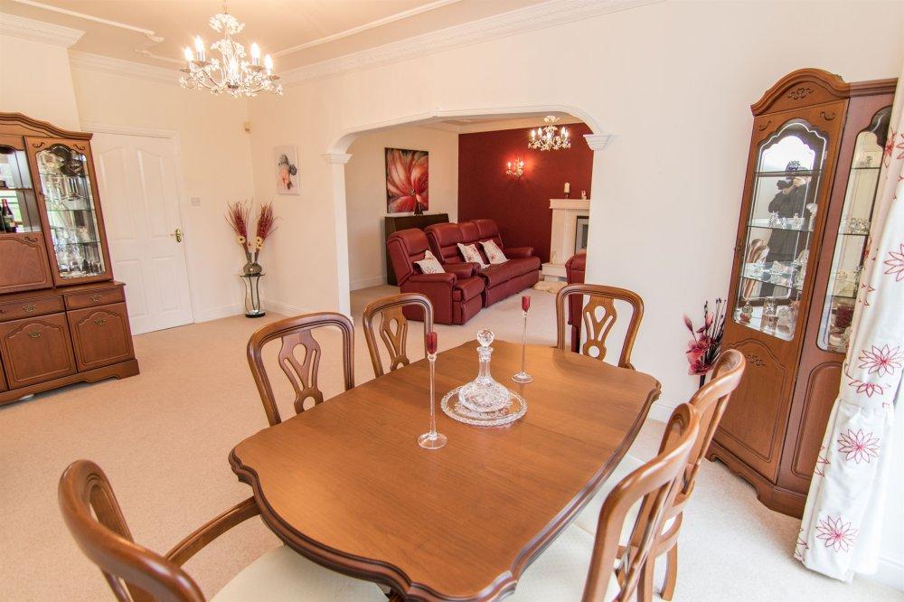 5 Bedroom Property For Sale In Pentre Road Pontarddulais Swansea