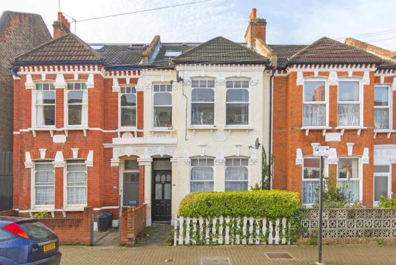 Flat/apartment to rent in Tooting - Moring Road, London, SW17