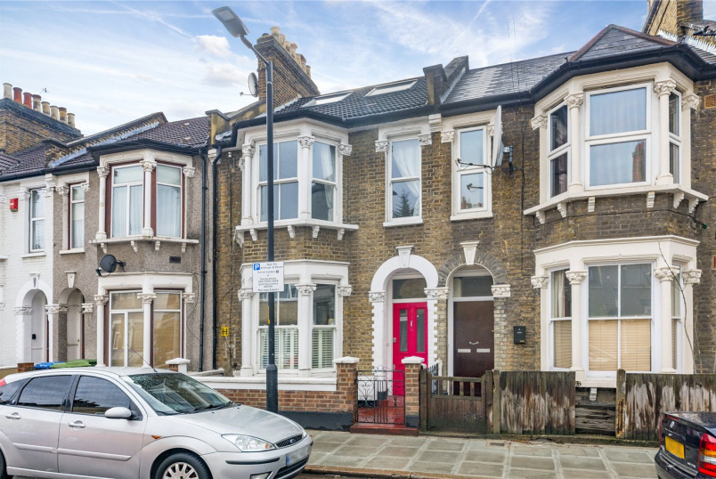House for sale in New Cross - Ethnard Road, London, SE15