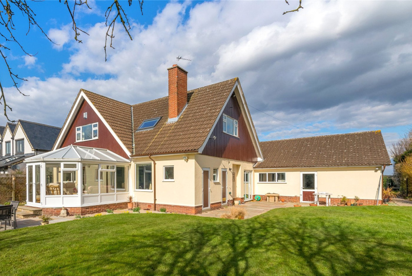 House for sale - Nicker Hill, Keyworth, Nottingham, NG12