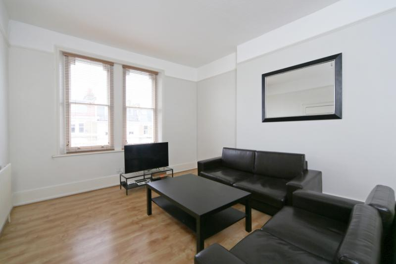 Flat/apartment to let - Sinclair Road, Brook Green, W14
