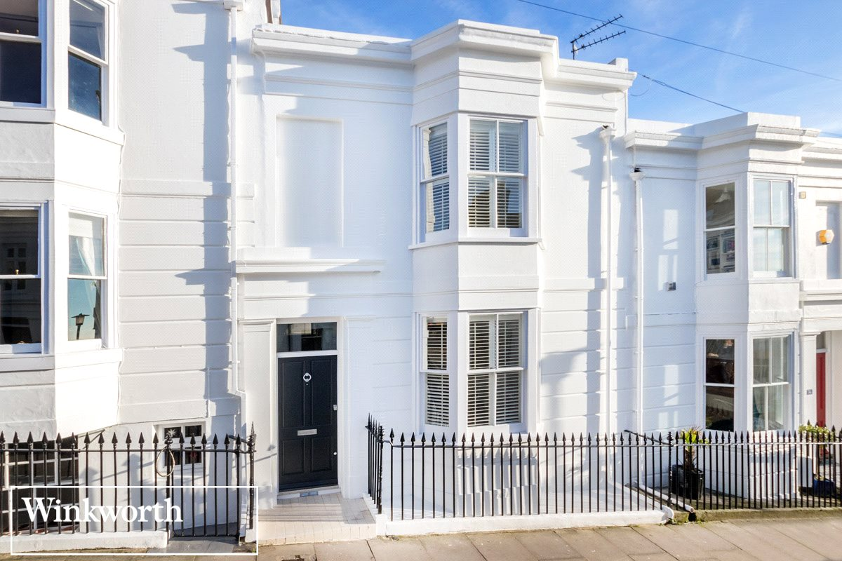 3 Bedroom Property For Sale In Montpelier Street Brighton