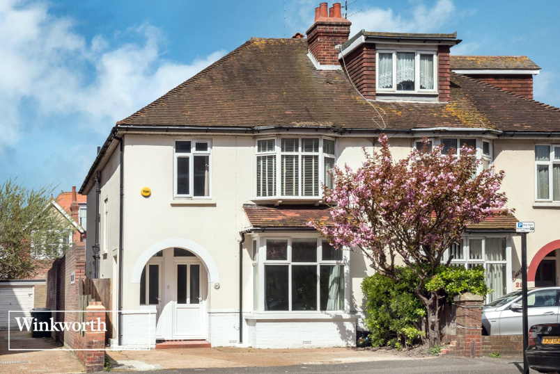 House for sale in Brighton & Hove - Hove Street, Hove, East Sussex, BN3