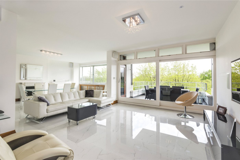 Flat/apartment for sale - Imperial Court, Prince Albert Road, St John's Wood, NW8
