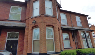 2 Bedroom House Terraced For Sale In Marple Road