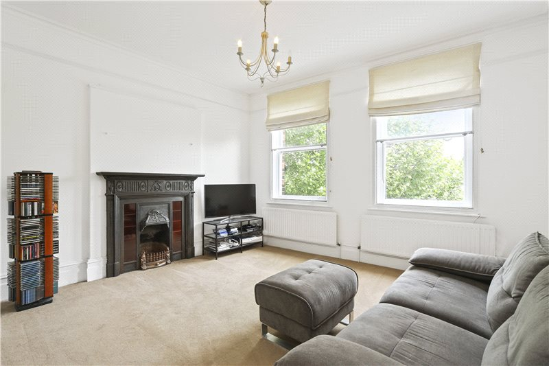 Flat/apartment for sale in Hammersmith - Digby Mansions, Hammersmith Bridge Road, Hammersmith, W6