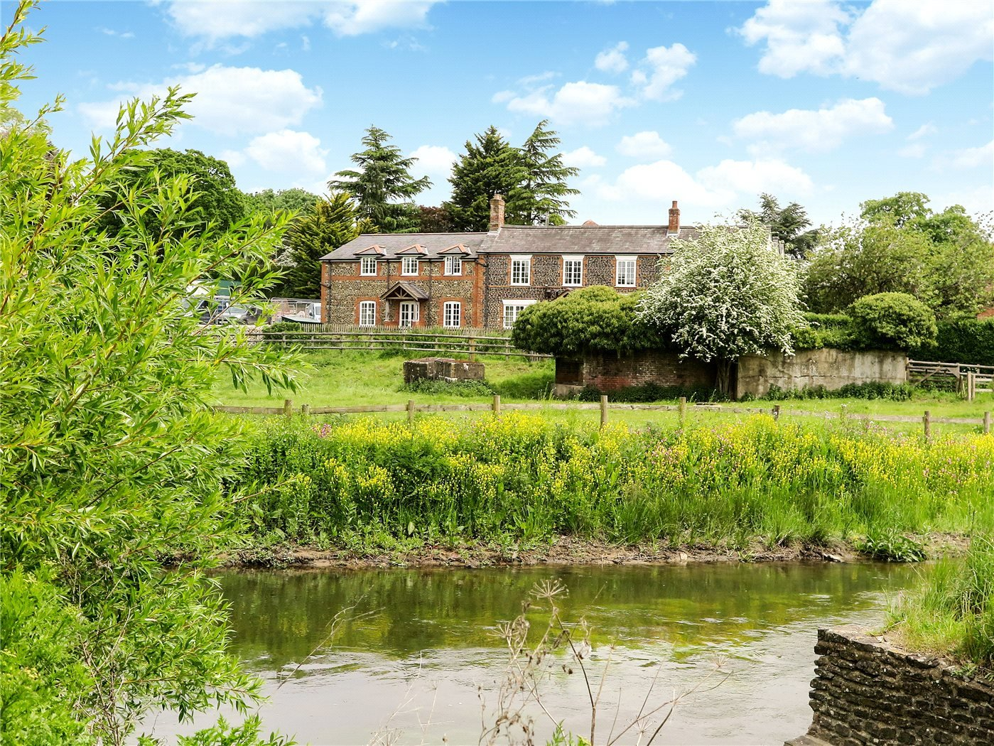 1 bedroom property to rent in The Old Post House, Tilford, Farnham