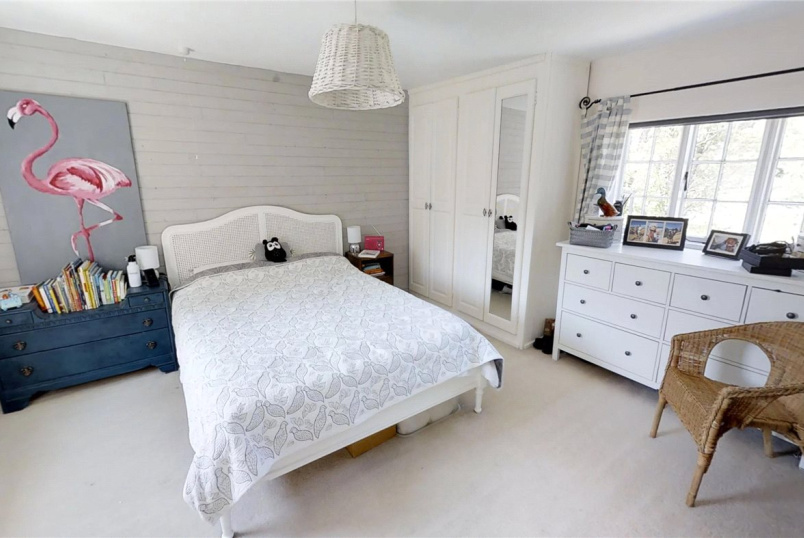House to rent in Guildford - Bury Street, Guildford, Surrey, GU2