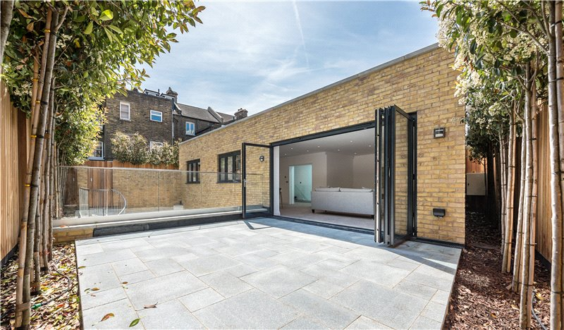 House for sale - Lawrence Mews, Vauxhall, SW8