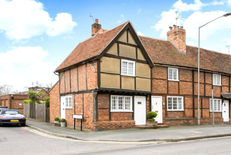 House for sale - Aylesbury End, Beaconsfield, Buckinghamshire, HP9