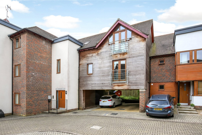 Flat/apartment for sale - Edwards Close, Kings Worthy, Winchester, SO23