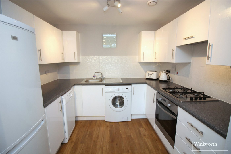 Flat/apartment to rent in Borehamwood & Elstree - Lockwood Court, Todd Close, Borehamwood, WD6