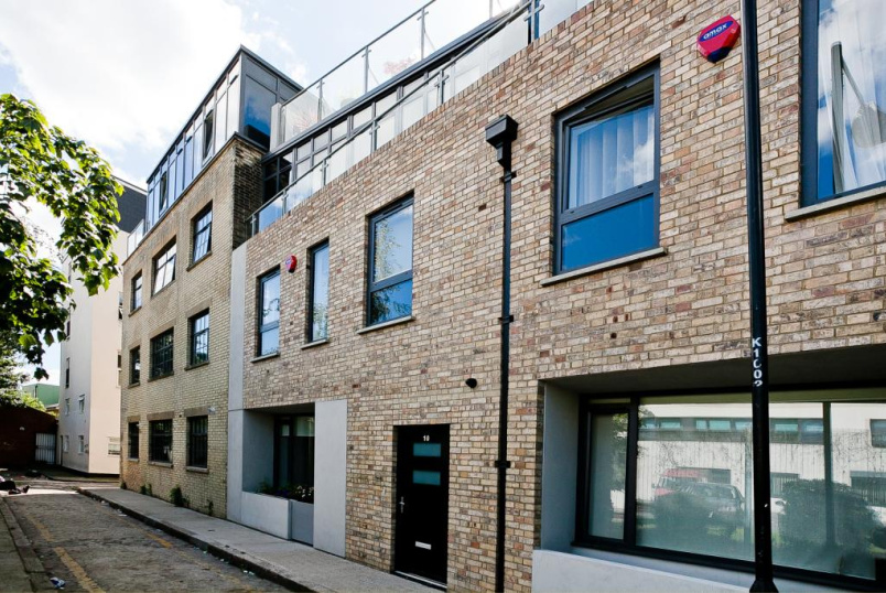 House to let - Flintlock Close, Aldgate, London, E1