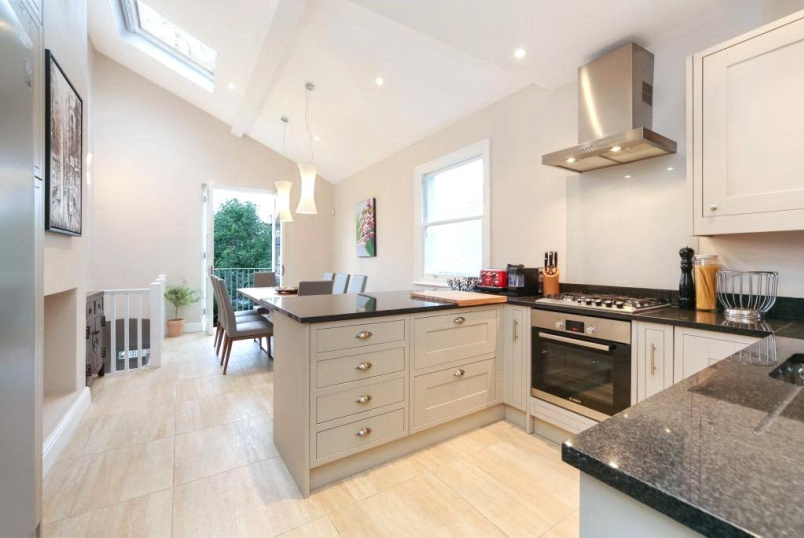 Flat/apartment to rent in  - Niton Street, Fulham, London, SW6