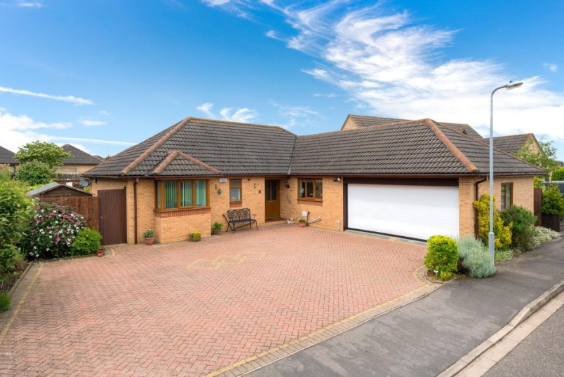 Bungalow for sale in Bourne - Wingate Way, Bourne, PE10