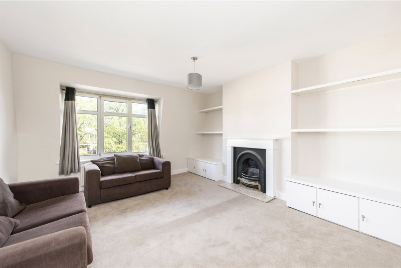 Flat/apartment to let - Mount Nod Road, London, SW16