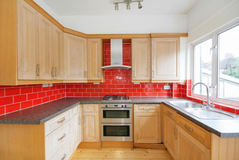 House to rent in Tooting - Chertsey Street, London, SW17