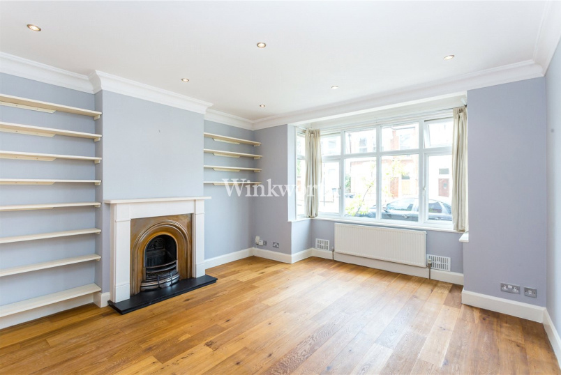 Flat/apartment to let - Mattison Road, Haringey, London, N4