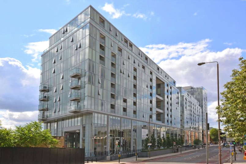 Flat/apartment for sale in Greenwich - Adagio Point, 3 Laban Walk, Deptford, SE8