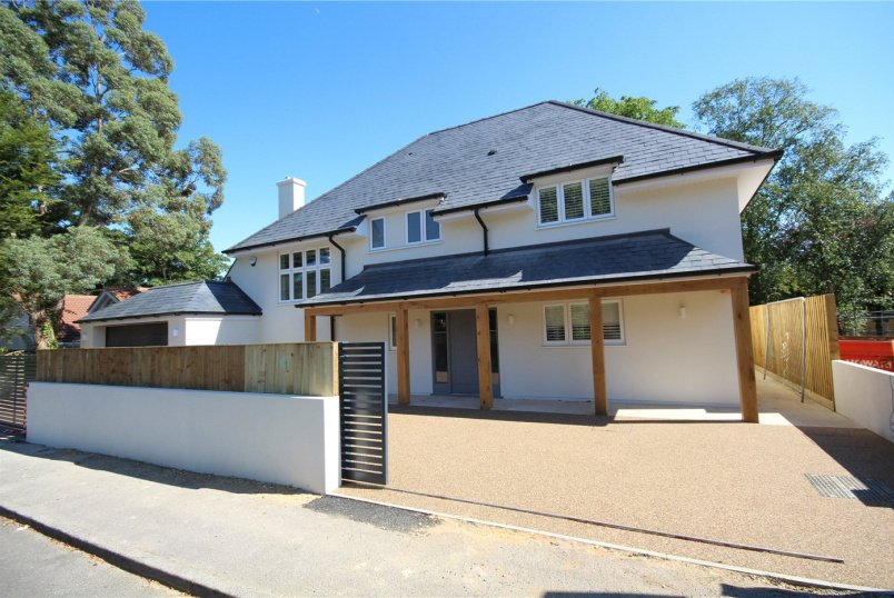 House for sale in Poole - Canford Cliffs  Avenue, Canford Cliffs, Poole, BH14