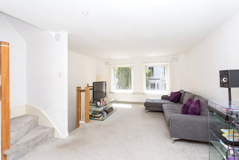 House new instruction - Thane Villas, London, N7