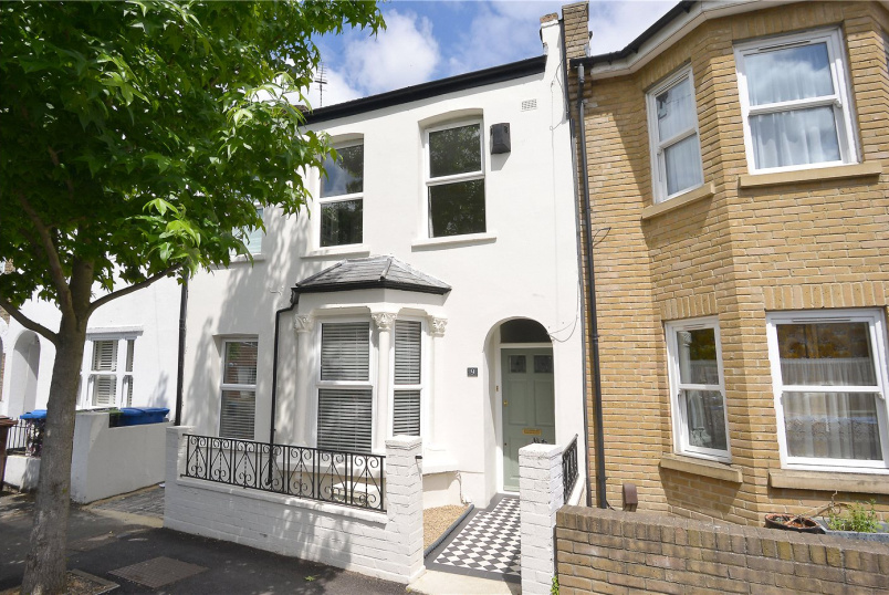House new instruction - Dunstans Grove, East Dulwich, SE22