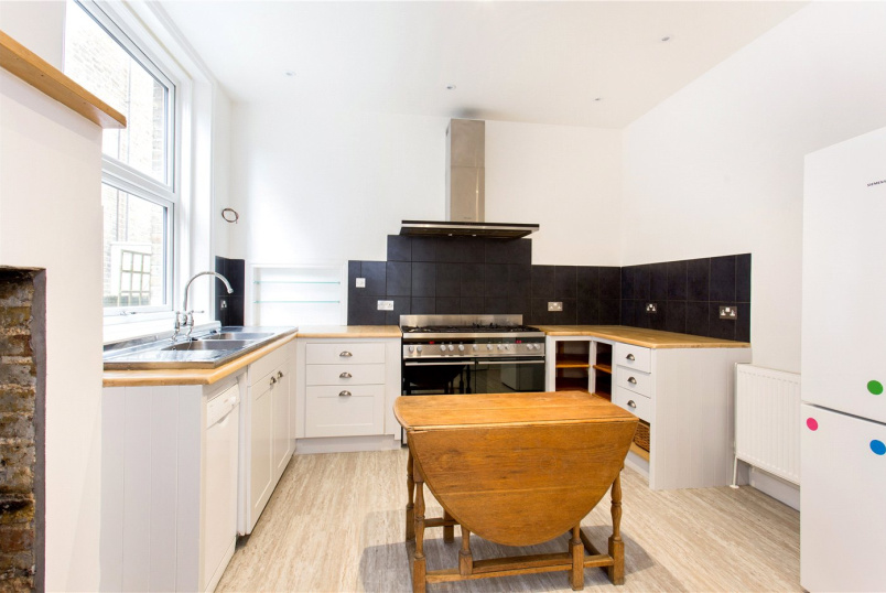 House to let - Kenilworth Road, Ealing, W5
