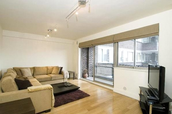 Flat/apartment to rent in Kensington - Campden Hill Road, Kensington, W8