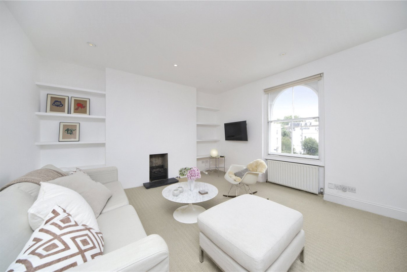to rent in Notting Hill - Elgin Crescent, London, W11