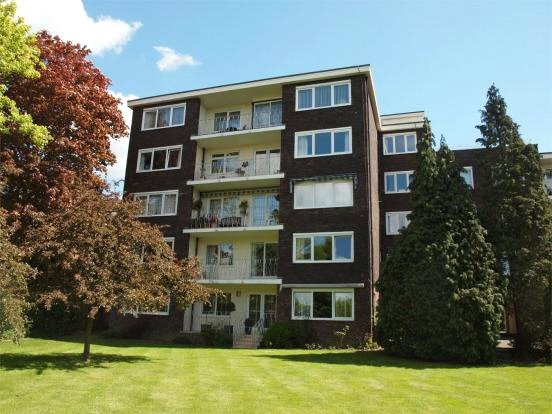 Flat/apartment for sale in Beckenham - Andrew Court, 68 Wickham Road, Beckenham, BR3