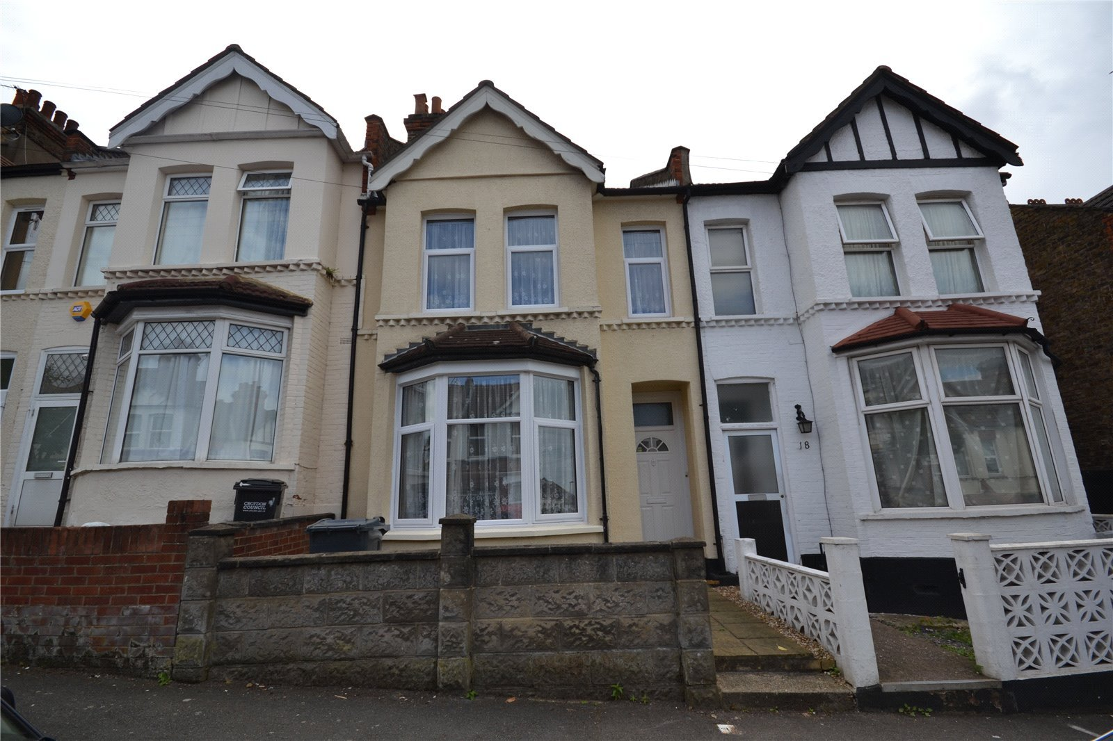3 Bedroom Property For Sale In Lenham Road Thornton Heath Cr7 450000