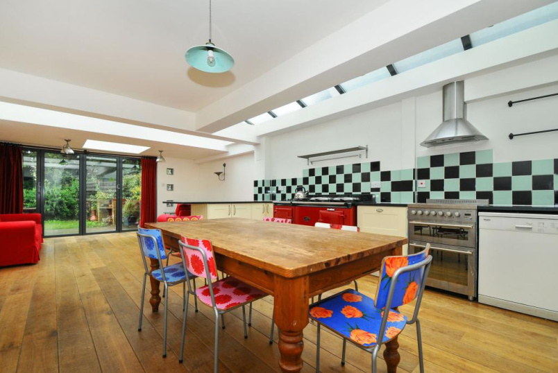 House to rent in Kensal Rise & Queen's Park - Wakeman Road, Kensal Rise, NW10