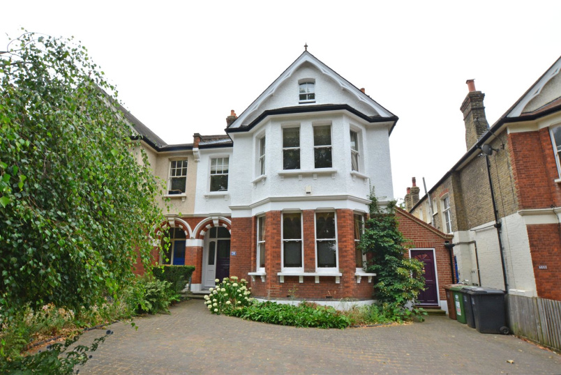 House for sale in Blackheath - Lewisham Park, Lewisham, SE13