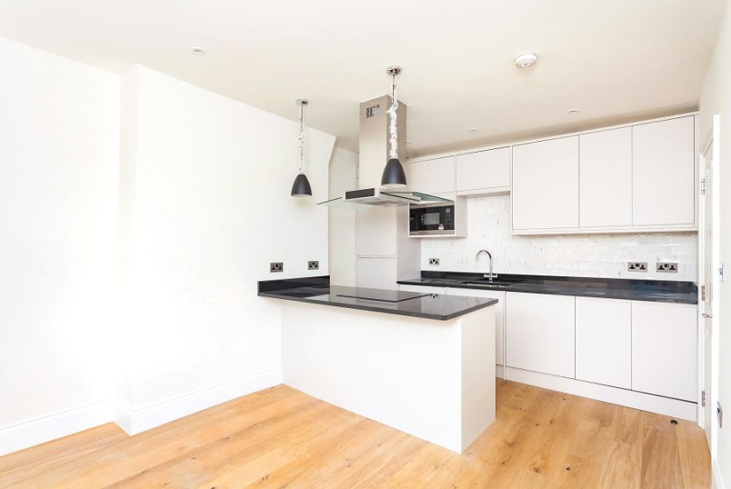 Flat/apartment for sale in Kentish Town - Montpelier Grove, Kentish Town, NW5