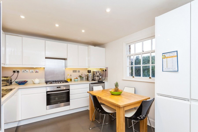 Flat/apartment for sale in Kentish Town - Hartham Road, Hillmarton Conservation Area, London, N7