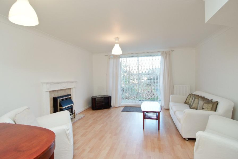 Apartment to rent in Kennington - BETHWIN ROAD, SE5