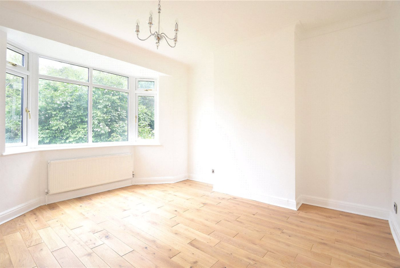 Maisonette to rent in Dulwich - Underhill Road, East Dulwich, SE22
