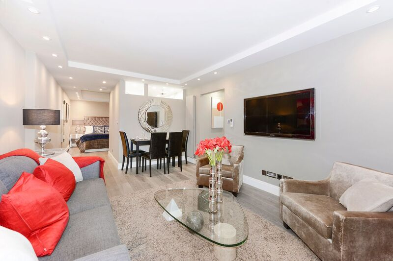 Flat to rent in St Johns Wood - CRESTA HOUSE, NW3 6HT